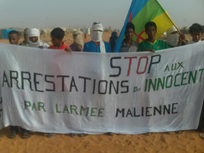 stop-arrestation-innocents-armee-mali-mbera-21-avril-2013-r